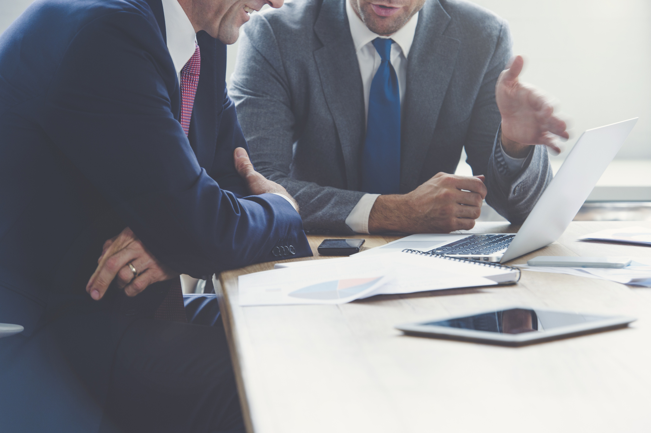 Come selezioniamo le imprese in cui investiamo